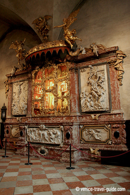 Basilica dei Frari Altar of the Relics